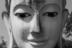 2014-02-15_Bago_Buddhakopf__bw__01