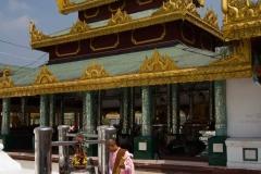 2014.02.13_Yangon_-_Shwedagon_11